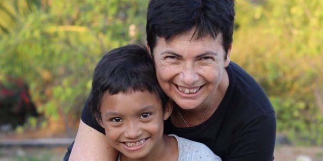 Chi è Chiara Amirante, una delle poche donne al mondo convocata dal Papa ai sinodi
