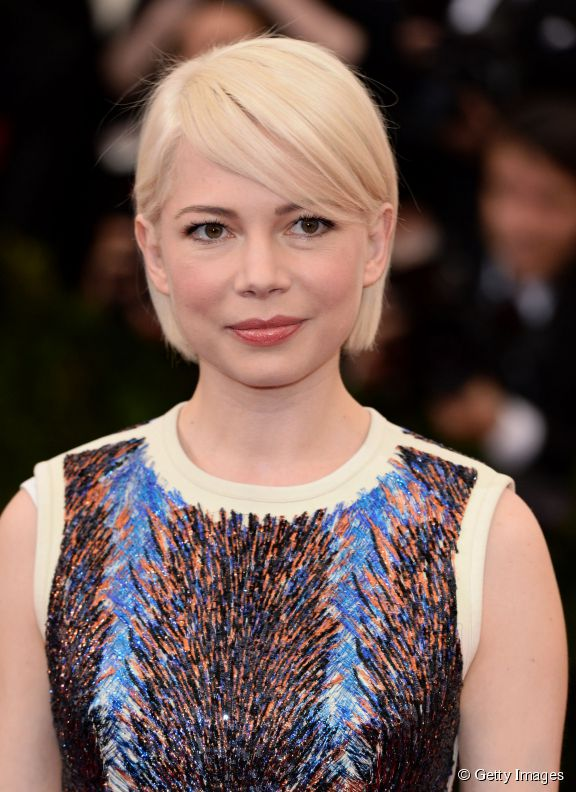 5731-michelle-williams-et-son-carre-court-576x0-2
