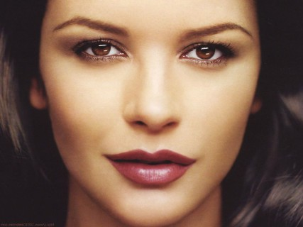 Catherine zeta jones eyes are not