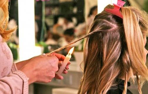 Velaterapia: bruciare le doppie punte per ravvivare i capelli! [FOTO&VIDEO]