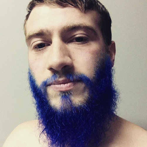 blue-coloured-dyed-beard-thewelder88