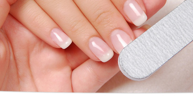 French Manicure gel e semipermanente