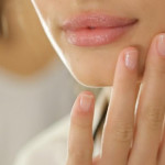 Come rinforzare le unghie con 3 diversi metodi