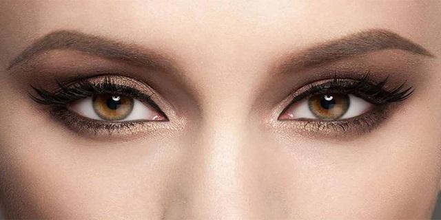 Laminazione delle ciglia, il nuovo trattamento di bellezza per i nostri occhi