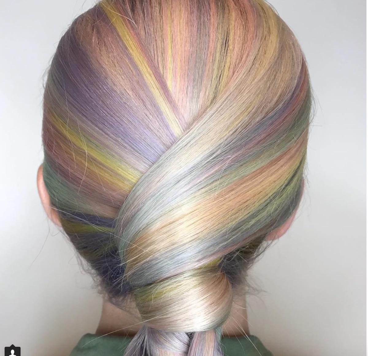 20 acconciature da sposa... A colori