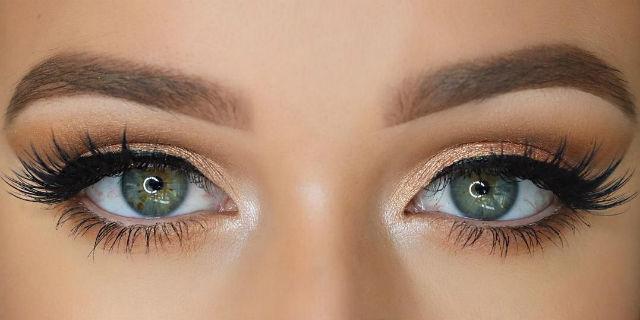 Dimmi che forma di occhio hai e ti dirò come realizzare il cut crease perfetto per te