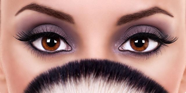 Come dovresti truccarti gli occhi per valorizzarli se li hai marroni