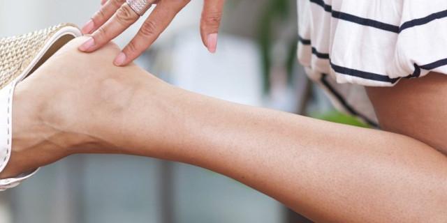5 cose che puoi fare contro la ricrescita dei peli tra una ceretta e l'altra