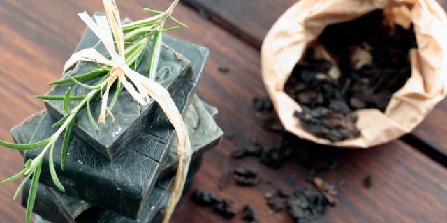 5 motivi per cui dovreste provare il sapone nero