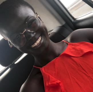 """""""Mi sono odiata a lungo"""": Khoudia Diop, la modella """"troppo nera per essere bella"""""""