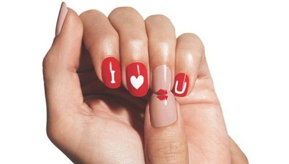 Unghie per San Valentino: 15 decorazioni romantiche