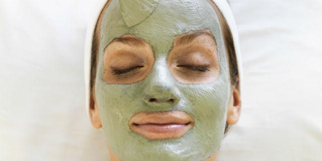 Maschera punti neri: la ricetta per il fai da te e le migliori in commercio