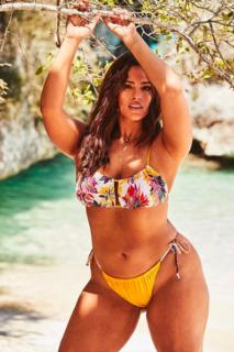 """La bellezza di 9 star che mostrano la cellulite: """"Cambiate la mente, non il corpo"""""""