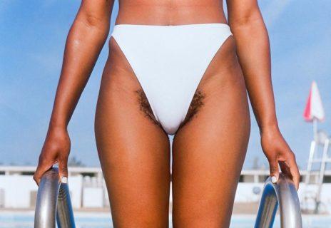 """""""Anche le donne hanno i baffi"""" e questa campagna li mostra senza vergogna"""