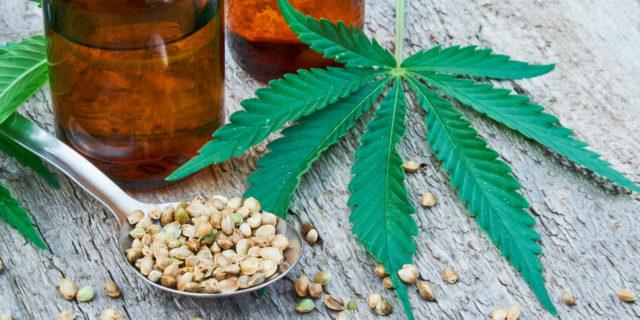 Come il CBD presente nella cannabis può aiutarti con l'acne e la psoriasi