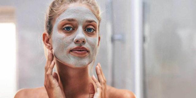 Maschere all'argilla, alleate per una pelle più sana e purificata