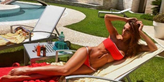 Il belly slot, quel solco fra seno e ombelico che può diventare pericoloso