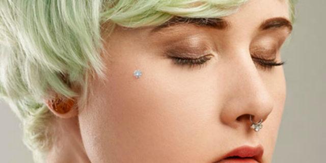 Il microdermal, il piercing gioiello che si innesta nella pelle