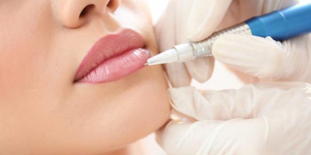 Il microblading labbra, il tatuaggio discreto per labbra morbide e naturali